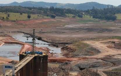 Relatora da ONU, declarou que a crise da água não pode ser justificada pela estiagem: cabe ao Estado prever e prevenir a população de circunstâncias como esta.